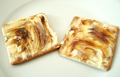 marmite_vegemite_crackers.jpg