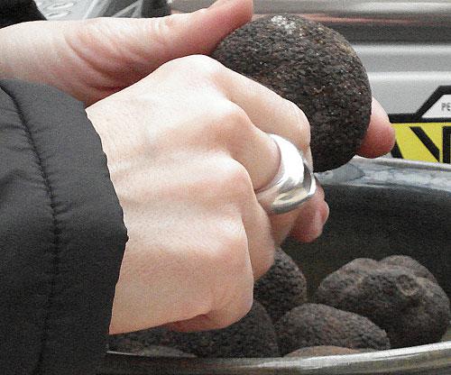 truffles2_inhand.jpg