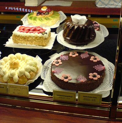w800i_cakes.jpg